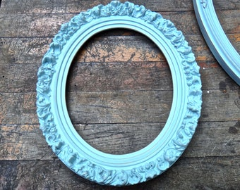 Frame, Gesso Frame, Oval Frame, Blue Frame, Painted Frame, Rustic, Picture Frame, French Country, Cottage, Shabby, Wall Hanging, Wall Decor