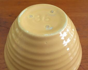 Vintage Antique Size 36 pale yellow Bauer Pottery Ringware Nesting Mixing Hive Bowl
