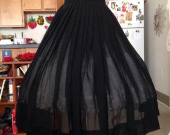 Chiffon black pleated full skirt small