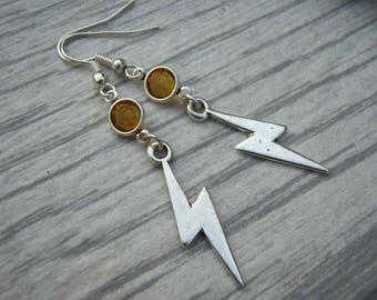 Lightning Bolt Birthstone Earrings, Personalized Storm Earrings, Thunderstorm Earrings, Storm Chaser Earrings, Electricity Earrings, Nature