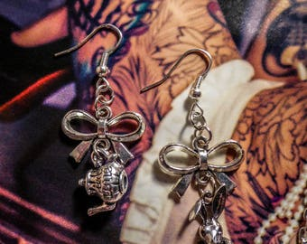 Earrings silver Alice pays des merveilles on the other side of the rabbit Blanc♠ ♠Le mirror