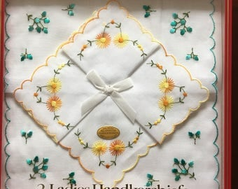 Vintage cotton Handkerchiefs, boxed.