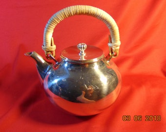 One (1), Newport/Gorham Silver Plated, 32 oz Tea Pot, in the YB 89 Pattern.