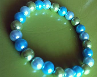 Bracelet blue and green beads