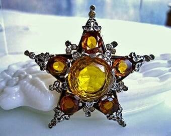 Trifari Star Brooch Alfred Philippe Design 1941 Patent, Facted Topaz Glass Stones, Gold Vermiel Finish