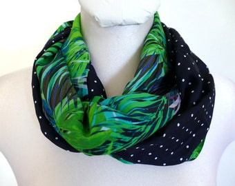 Infinity Scarf - duo of contrasting fabric - Made in France. Navy, bright green foliage. Reversible. Funky Bags 'n Bibs / Lorella Creations