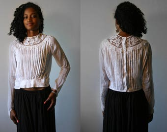1910's Antique white blouse, cotton veil, pleated, upcycled
