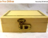 Summer Sale Vintage Little Girl's Jewelry Box