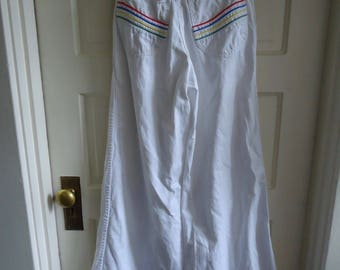 "Vintage 70s WHITE SUPERBELLS With Rainbow Pockets sz 26"" Waist"