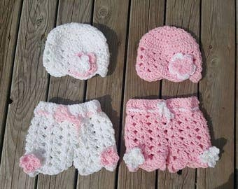 Newborn twin sets