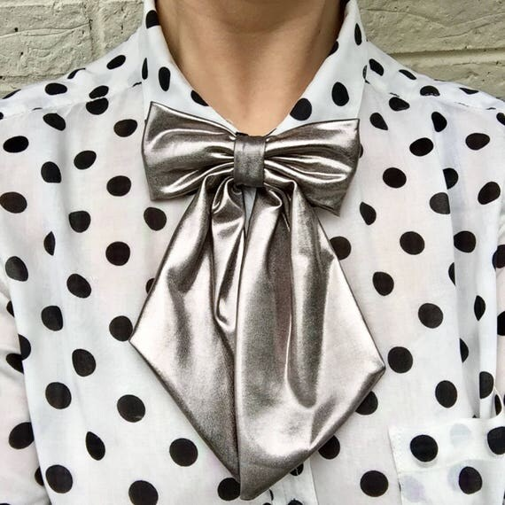Metallic Silver Betty Bow Tie Pin Rockabilly Pinup