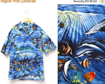 ON SALE 90s Hawaiian Shirt Underwater Button Down Patterned Men's Large