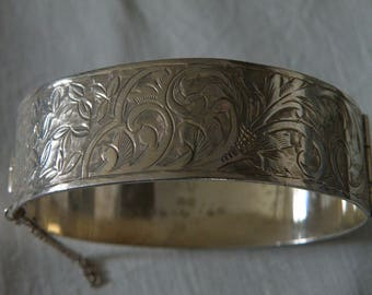 Vintage English Sterling Silver Chased Etched Bangle - Hallmarked 1946