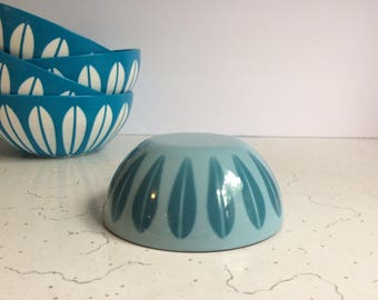 "Vintage Cathrineholm 4"" French Blue Lotus Bowl, Snack Bowl, Enamel Bowl"