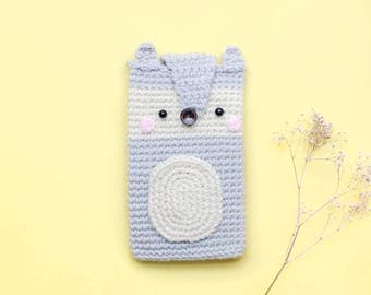 OOAK Gifts - Cellphone Case a Cute Gray Wolf/ Crochet case/ Cozy case/ iPhone case.