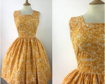 Vintage 1950s Floral Dress - 50s Yellow Cotton Swing Dress  - 50s Summer Party dress - Sleeveless - Medium - UK 12 / US 8 / EU 40 -
