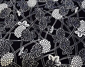 Vintage Japanese yukata fabric. Indigo Kiku Vintage kimono fabric