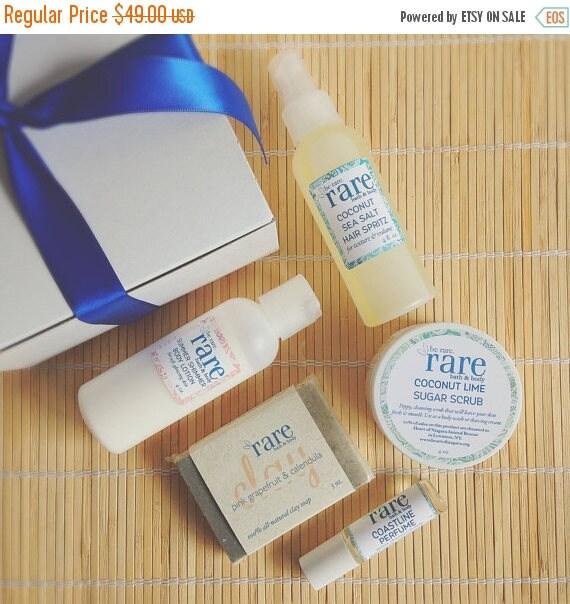 On Sale Beach Theme Gift Box - Includes Beach Beauty Gifts: Sea Salt Spray, Sugar Body Scrub, Travel Perfume, Clay Soap & Shimmer Body Lotio