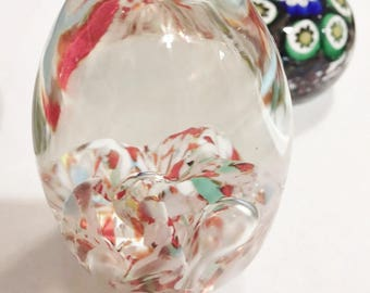 VINTAGE Multi Color Confetti Swirl Air Bubble EGG Art Glass PAPERWEIGHT Hand Blown Artisan Modernist Abstract Mod Retro Collectible