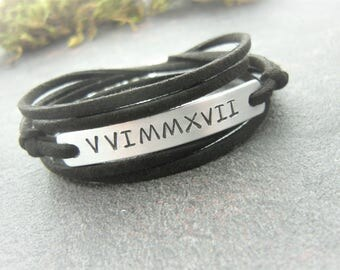 Boyfriend gift, Bracelet for Man  Woman, Gift for Him, Roman Numerals Personalized Stamped Jewelry, Anniversary gift, Your text bracelet