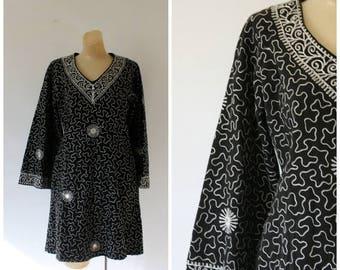 Sale Vintage Ramona Rull Dress /  1970s Bohemian Dress / Vintage Boho Ethnic Dress / 1970's Bell Sleeve Dress / Boho Black Festival Dress M/