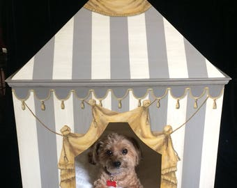 Luxury Designer Dog House Home Decor Custom Hand Painted Furniture Pet Chateau
