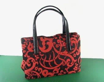 1960s Coral/Black Tapestry Handbag by MM ( Morris Moskowitz)........ GORGEOUS!
