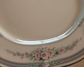 Noritake Rothschild 4 bread and butter plates