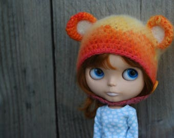 SALE...Blythe hat with ears...14.95 now 12.00 euro