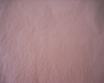 Feuille de papier de soie rose 75x50cm