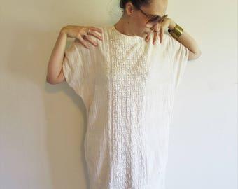 Vintage Cream 60s 70s Ethnic South American Embroidery Hippy Boho Gauze Kaftan Dress