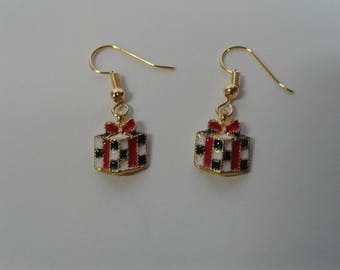 Handmade Christmas Earrings featuring Wrapped Christmas Presents Gold Dangle and Drop