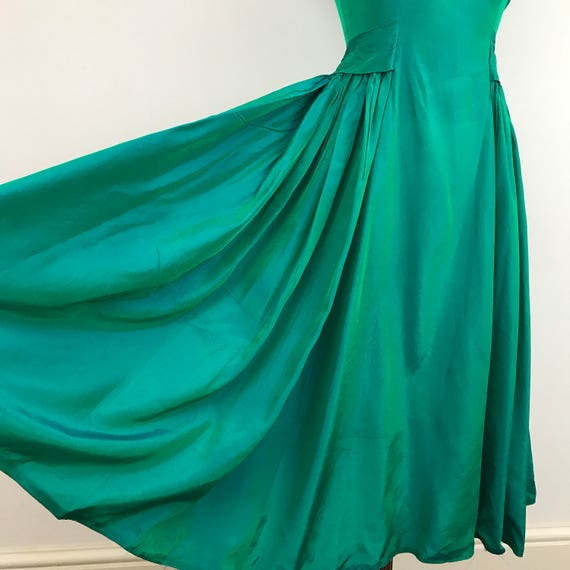 1950s dress taffeta emerald green turquoise tonic dress flare full skirt cocktail party Mad Men vintage bridesmaid 50s dress