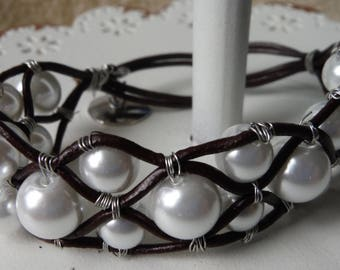 Glass Pearl and Leather Bracelet