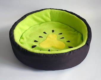 "dog bed, cat bed, pet bed ""kiwifruit"" for cats and dogs (3 sizes available)"
