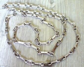 Long silver endless metal necklace 96 cm