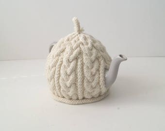 Cream Knitted Teacosy - BAILEY