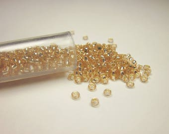 tube color (8-9 g) (R39) seed beads