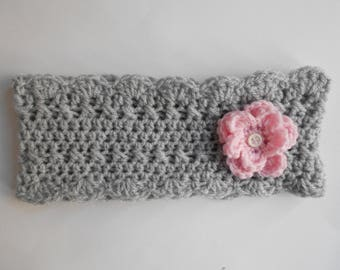 baby snood, neck circumference baby hand crocheted grey Flower Pink