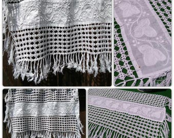 Antique White Cotton Valance French Handmade Vine Leaves Applique Hand Embroidered Hand Crocheted Kitchen Curtain #sophieladydeparis