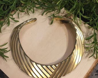 Gold Tone Textured Hinged Choker Necklace