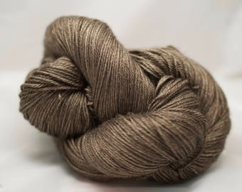 Ivoire fingering - WENGE - mérinos superwash soie