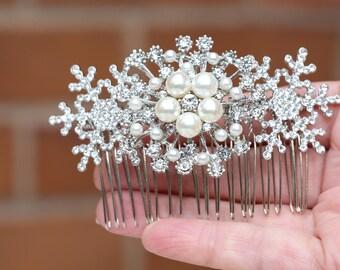 Snowflake Hair comb ,Wedding hair piece, Bridal headpiece, Crystal Hair Comb,Wedding headpiece,Winter Wedding Hair Comb , Bridal Accessories