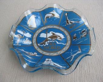 Vintage 1970's Sea World Glass Souvenir Tray San Diego California
