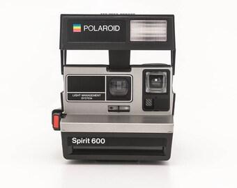 Polaroid Spirit 600 - Tested - Working vintage 80s Polaroid 600 uses Polaroid Originals 600 Film Silver face