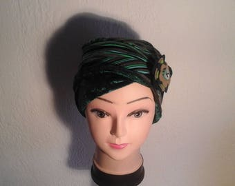 Stretchy reversible chemo, woman, girl striped winter Hat