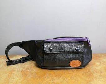 90s fannypack / retro 90s bumbag / black faux leather with purple zips / vintage bumbag / travel safe bag / money bag / market trader bumbag