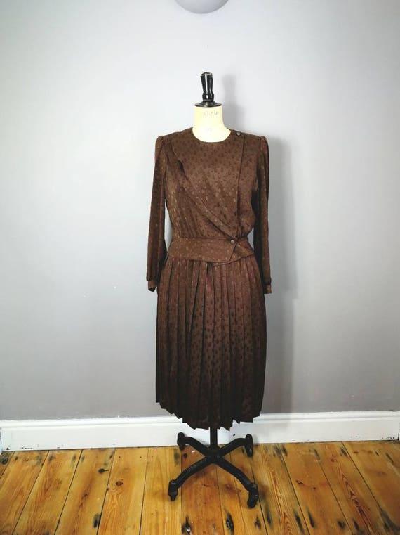 Brown vintage midi dress / vintage work dress / brown 70s skirt top dress / brown day dress / dress built in camisole