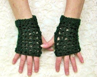 Dark Green Crochet Fingerless Gloves, Texting Gloves, Wrist Warmers, Fall Winter Accessory