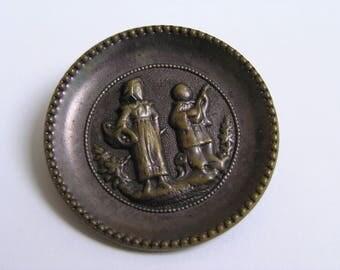 Antique picture button